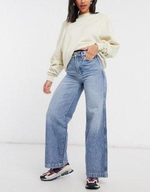 Выбеленные джинсы с широкими штанинами и завышенной талией -Голубой Wrangler