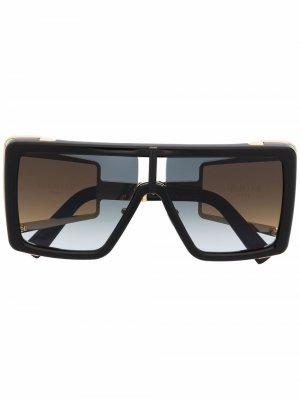 Солнцезащитные очки Wonder Boy II в массивной оправе Balmain Eyewear. Цвет: черный