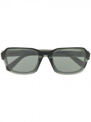Солнцезащитные очки в массивной оправе Moncler Eyewear. Цвет: серый