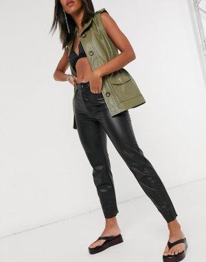 Черные прямые брюки из искусственной кожи Emily-Черный Only