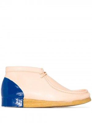 Ботинки дезерты Wallabee Clarks Originals. Цвет: нейтральные цвета