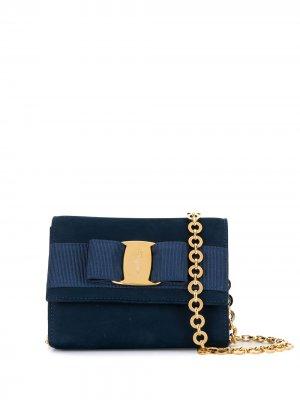 Поясная сумка Vara Bow на цепочке Salvatore Ferragamo Pre-Owned. Цвет: синий
