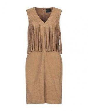 Короткое платье HOTEL PARTICULIER. Цвет: коричневый