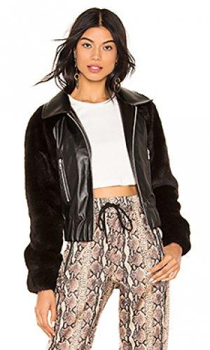 Куртка raglan LPA. Цвет: черный