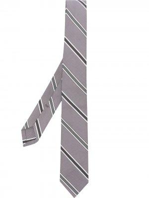 Галстук в диагональную полоску Thom Browne. Цвет: серый