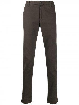 Классические брюки чинос Dondup. Цвет: коричневый
