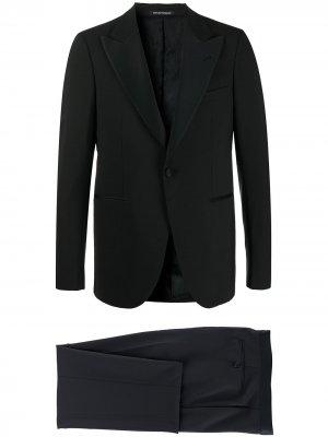 Вечерний костюм с однобортным пиджаком Emporio Armani. Цвет: черный