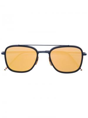 Солнцезащитные очки в квадратной оправе Thom Browne Eyewear. Цвет: синий