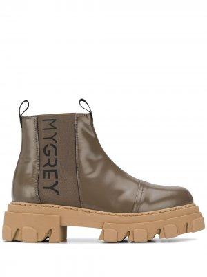 Ботинки на массивной подошве Grey Mer. Цвет: коричневый