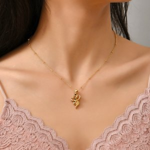 Ожерелье со стразами змея SHEIN. Цвет: золотистый