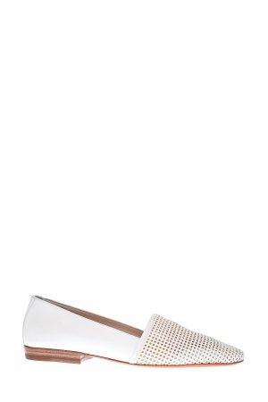 Лоферы из матовой кожи с перфорированным принтом SANTONI. Цвет: белый