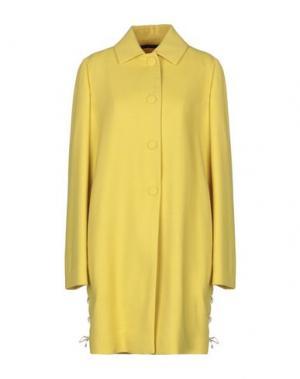 Легкое пальто MANUELA CONTI. Цвет: желтый