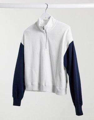 Белый свитер с короткой молнией Hollister