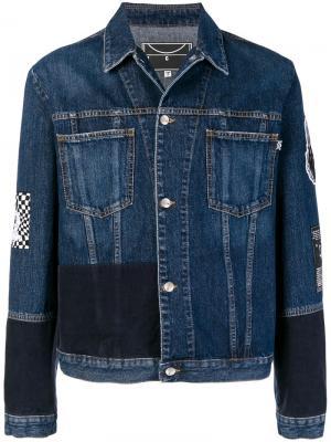 Джинсовая куртка с нашивкой Skate McQ Alexander McQueen. Цвет: синий