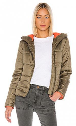 Дутая куртка ollie NSF. Цвет: оливковый