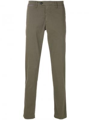 Классические брюки чинос Eleventy. Цвет: зеленый