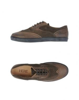 Обувь на шнурках HENNE. Цвет: зеленый-милитари