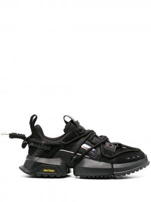 Кроссовки Titan Li-Ning. Цвет: черный
