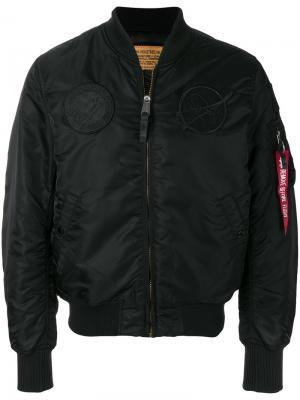 Классическая куртка Flight Alpha Industries. Цвет: черный