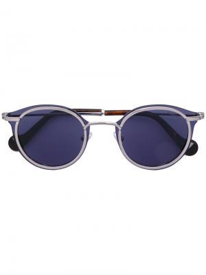 Солнцезащитные очки в круглой оправе Moncler Eyewear. Цвет: металлический