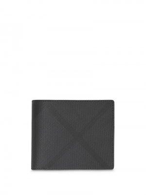 Клетчатый бумажник с окошком для ID-карты Burberry. Цвет: черный