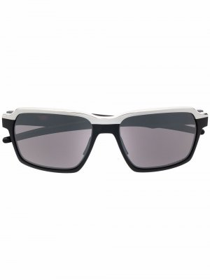 Солнцезащитные очки Parlay в прямоугольной оправе Oakley. Цвет: черный