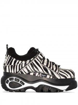 Кроссовки на платформе с зебровым принтом Buffalo. Цвет: черный