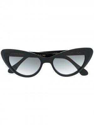 Солнцезащитные очки в оправе кошачий глаз Epos. Цвет: черный