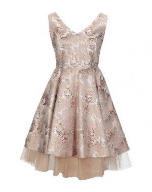 Короткое платье LEXUS. Цвет: платиновый