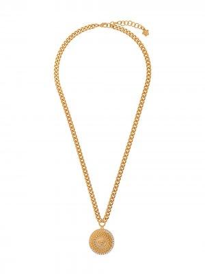 Цепочка на шею с подвеской Medusa Versace. Цвет: золотистый