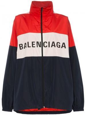 Ветровка дизайна колор-блок с логотипом Balenciaga. Цвет: синий