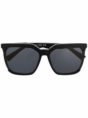 Солнцезащитные очки DL0338 в массивной оправе Diesel. Цвет: черный