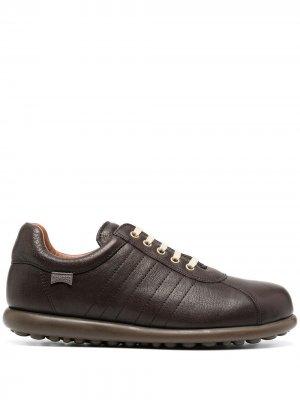 Кроссовки Pelotas на шнуровке Camper. Цвет: коричневый