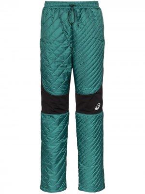 Спортивные брюки из коллаборации с Kiko Kostadinov ASICS. Цвет: зеленый