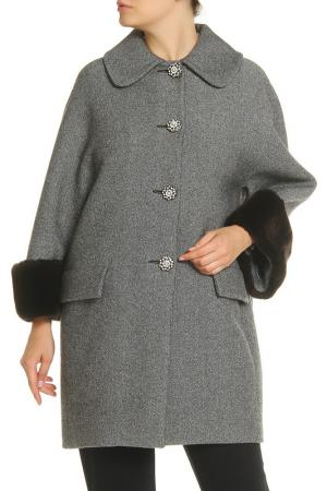 Пальто VDP. Цвет: серый