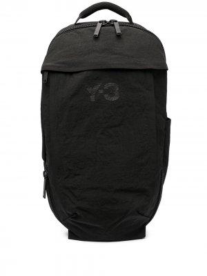Рюкзак с логотипом Y-3. Цвет: черный