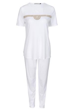 Pajamas Feraud. Цвет: white, beige