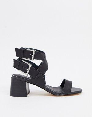 Черные босоножки на блочном каблуке с ремешками -Коричневый River Island