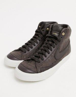 Коричнево-бежевые кроссовки средней высоты Nike Blazer 77-Коричневый