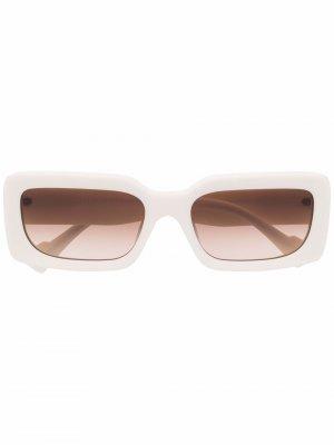 Солнцезащитные очки в прямоугольной оправе Axel Arigato. Цвет: белый