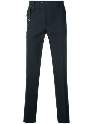 Классические брюки чинос Berwich. Цвет: синий