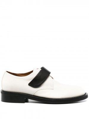 Туфли дерби на липучках Marni. Цвет: нейтральные цвета