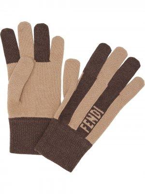 Кашемировые перчатки в полоску Fendi. Цвет: нейтральные цвета
