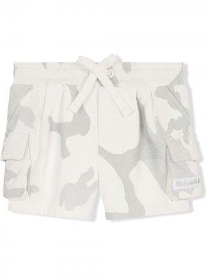 Camouflage print cargo shorts Dolce & Gabbana Kids. Цвет: нейтральные цвета