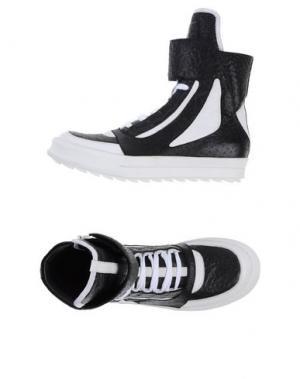 Высокие кеды и кроссовки CAMILLA SKOVGAARD. Цвет: черный