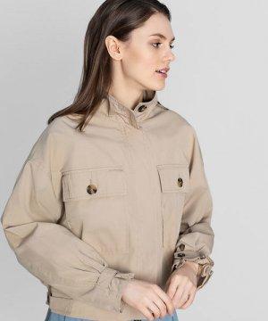 Куртка с большими накладными карманами O`Stin. Цвет: песочный