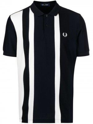 Рубашка поло в полоску с вышитым логотипом FRED PERRY. Цвет: синий