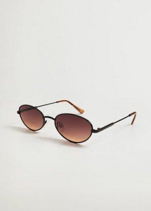 Солнцезащитные очки в металлической оправе - Lola Mango. Цвет: черный