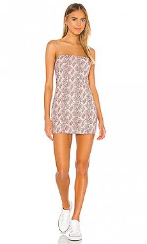 Платье с квадратной горловиной becca superdown. Цвет: розовый