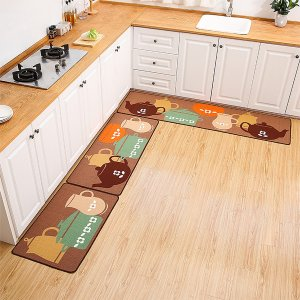 1шт Кухонный коврик с принтом чайника SHEIN. Цвет: многоцветный